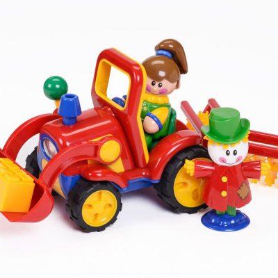 Tolo Min første ven på traktor